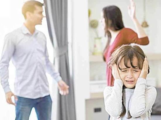 Могут ли забрать у матери ребенка и передать отцу после развода